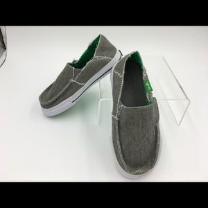 Sanuk Canvas Slip-on shoes